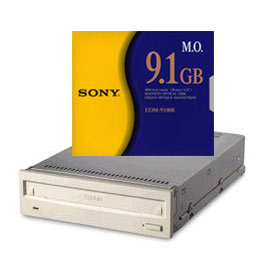 Sony EDM-9100, 9.1 optical media. Designed to be used by the Sony SMO-F561.